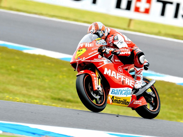 Álvaro Bautista in action in Phillip Island