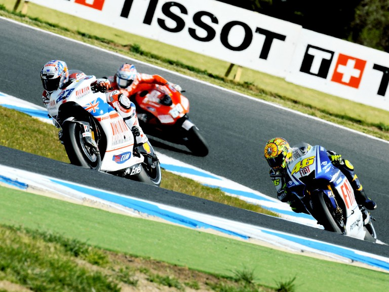 Stoner and Rossi in action at Phillip Island