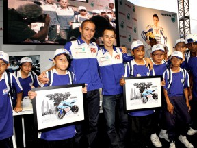 Rossi and Lorenzo visit the Petronas Towers ahead of Malaysian GP