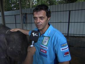 Capirossi enjoys visit to elephant sanctuary