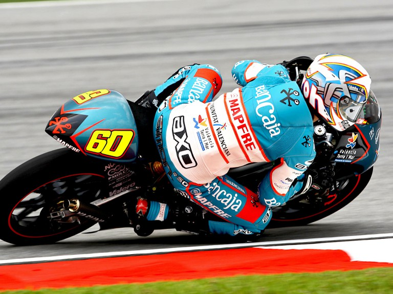 Julián Simón in action in Sepang