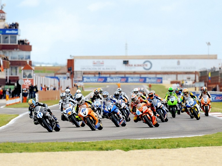 Group in action in CEV at Albacete