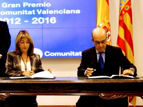 Dignitaries attend Valencia circuit contract renewal ceremony
