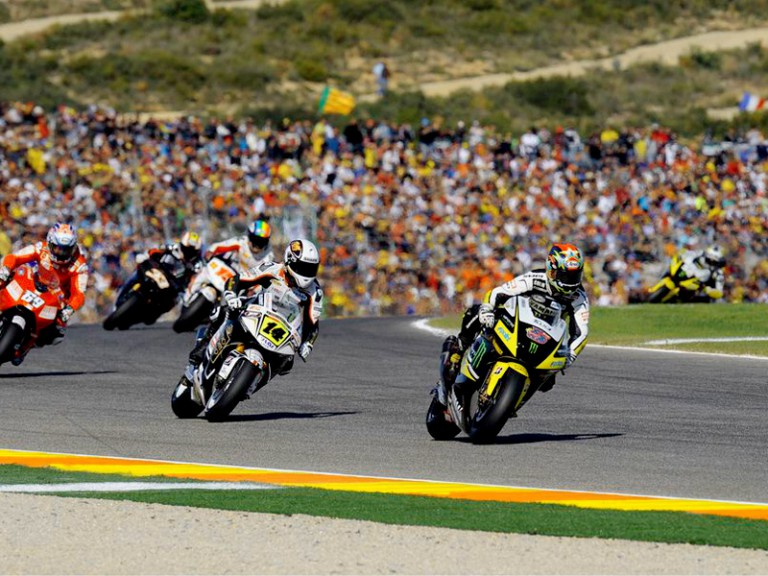 Colin Edwards riding ahead of MotoGP group in Valencia