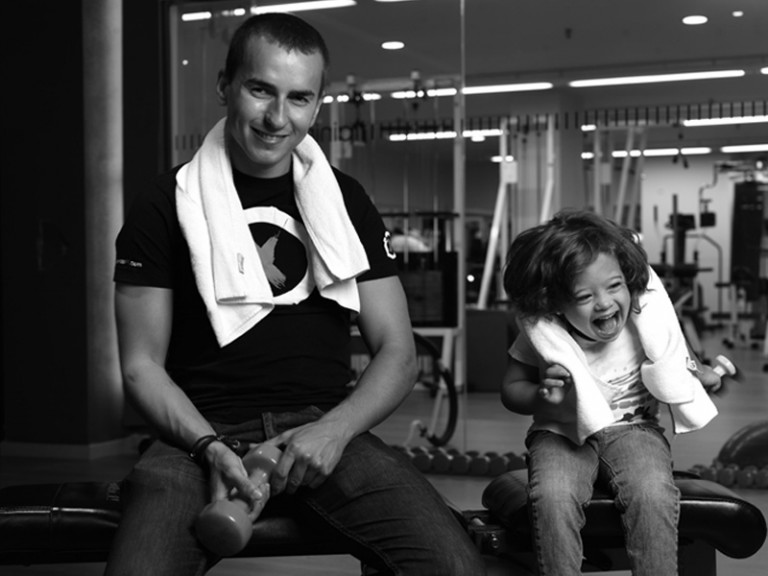 Jorge Lorenzo collaborates with the foundation Talita