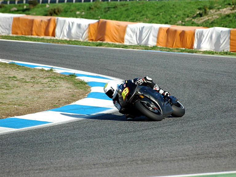 Bautista testing with Suzuki in Estoril