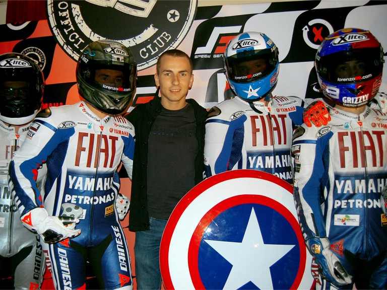 Jorge Lorenzo meets fan club