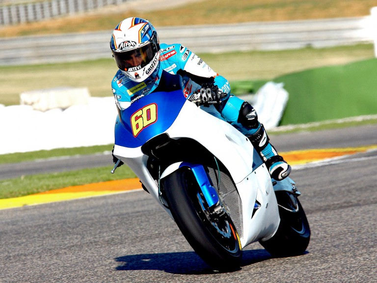 Julián Simón on the BQR Moto2 prototype at Valencia