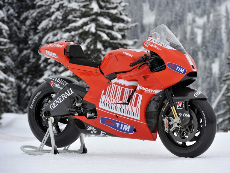The new Ducati Desmosedici GP10 presented at Madonna di Campiglio