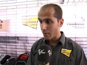 Aoyama crew chief Tom Jojic gives an overview