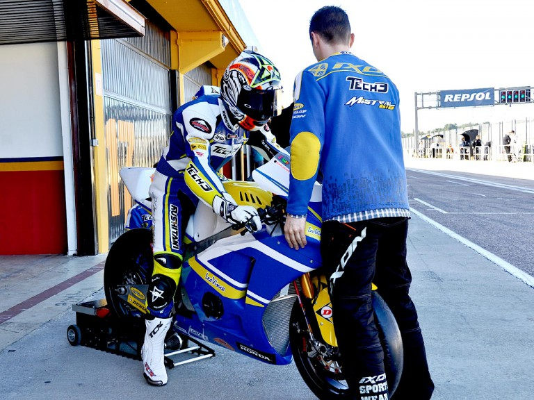 Yuki Takahashi in the pit at the Valencia test