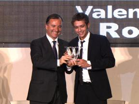 Valentino Rossi receives award from Italian Foreign Ministry