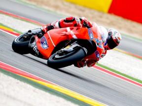 Casey Stoner in action at Motorland Aragón