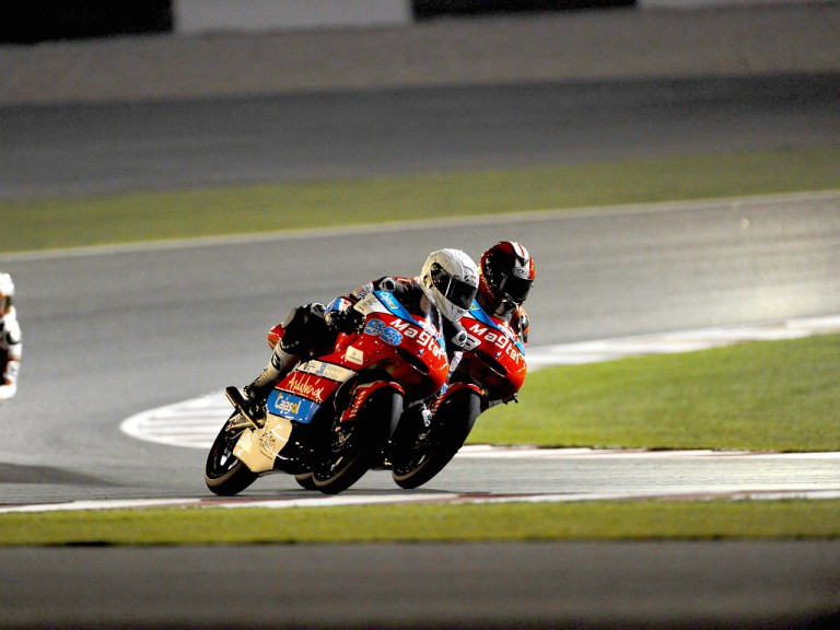 Danny Webb and Alberto Moncayo riding head to head  in Qatar