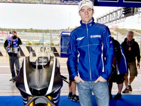Ben Spies in the Yamaha Factory Racing garage at the Valencia test