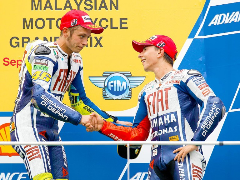 Rossi congratulates Lorenzo on securing the 2010 World Championship at Sepang