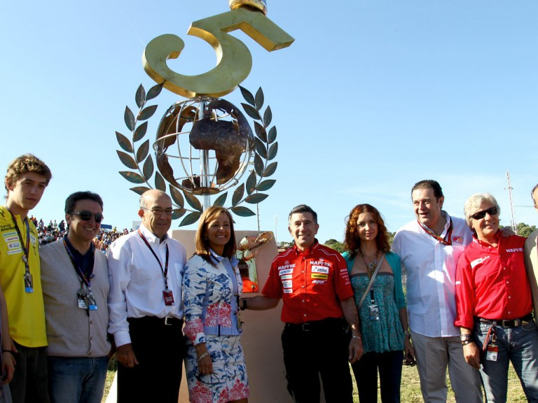 Jorge Martínez Aspar honoured by spanish track