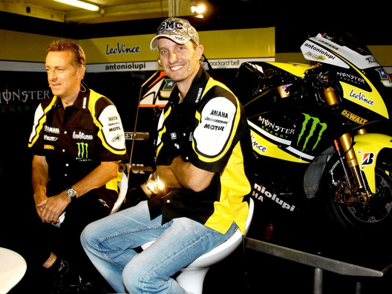 Monster Yamaha Tech 3 Colin Edwards and team manager Hervé Poncharal