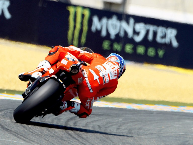 Casey Stoner in action in Le Mans