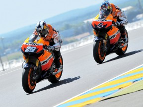 Pedrosa and Dovizioso action in Le Mans