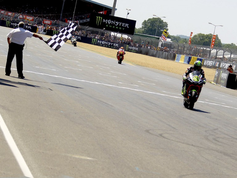 Toni Elias finishing the Moto2 race in Le Mans