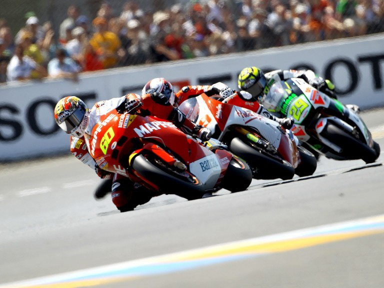 Moto2 group in action in Le Mans