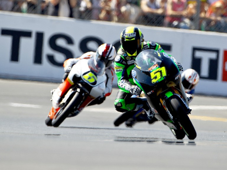 125cc Group in action in Le Mans