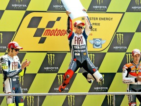 Jorge Lorenzo celebrates GP win on the podium in Le Mans