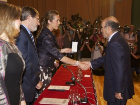 Carmelo Ezpeleta awarded the Gold Medal of Sporting Merit