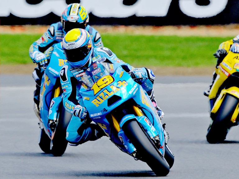 Suzuki´s Bautista and Capirossi in action at Silverstone
