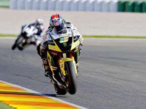 Colin Edwards in action at Valencia test
