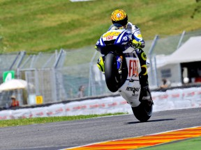 Valentino Rossi pulls off a wheelie at the FP1 in Mugello