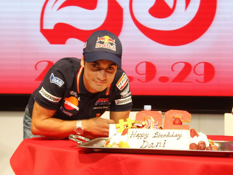 Dani Pedrosa celebrates 25th birthday at Honda headquarter in Tokio