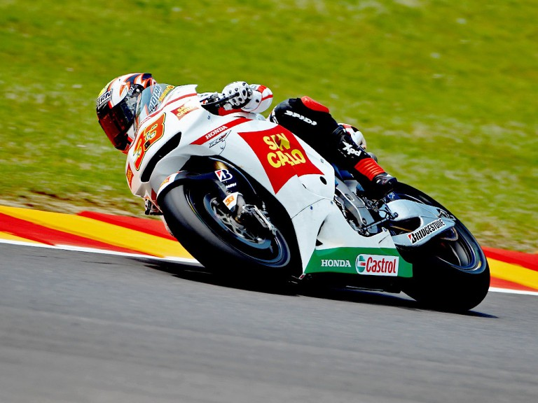 Marco Melandri in action in Mugello