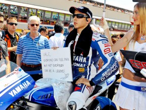 Jorge Lorenzo sends a get well message to Valentino Rossi