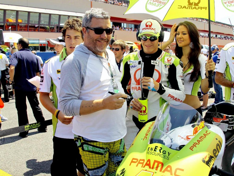 Product designer Phillip Starck and Aleix Espargaró at the grid in Mugello