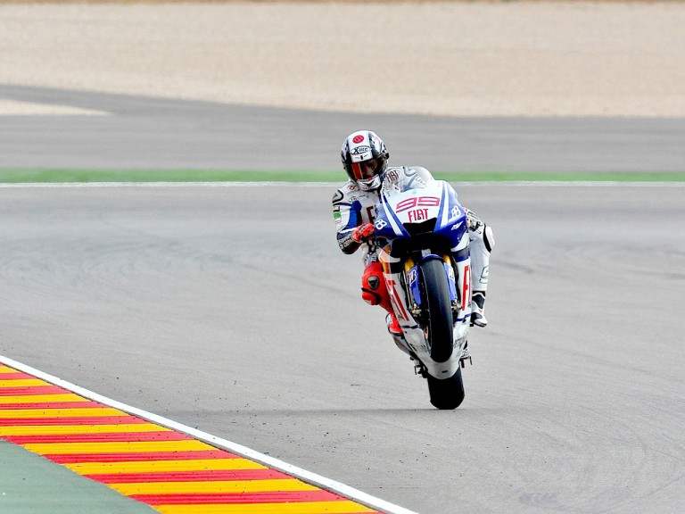 Jorge Lorenzo pulls off a wheelie after QP at Motorland Aragón