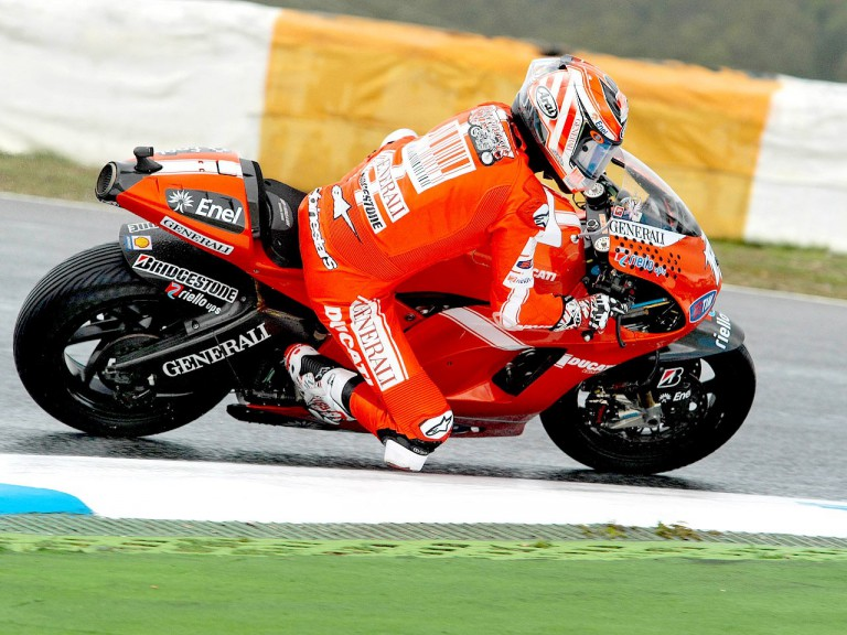 Nicky Hayden in action at Estoril