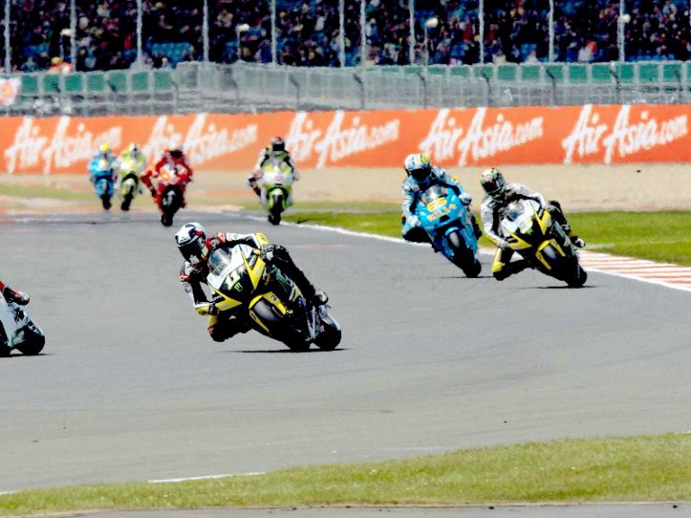 Monster Yamaha Tech 3´s Spies and Edwards on track at Silverstone
