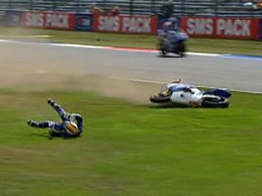 Assen 2010 - Moto2 - QP - Alex Debón - Crash