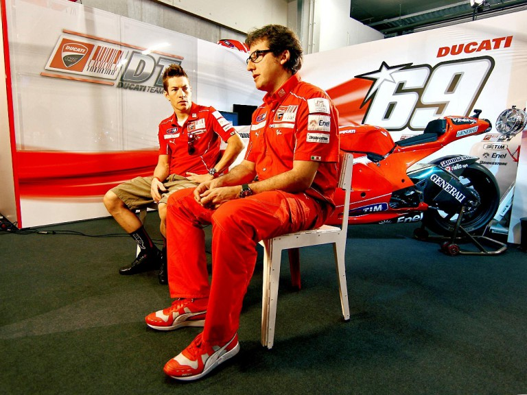 Nicky Hayden and crew chief Juan Martínez in the Ducati garage