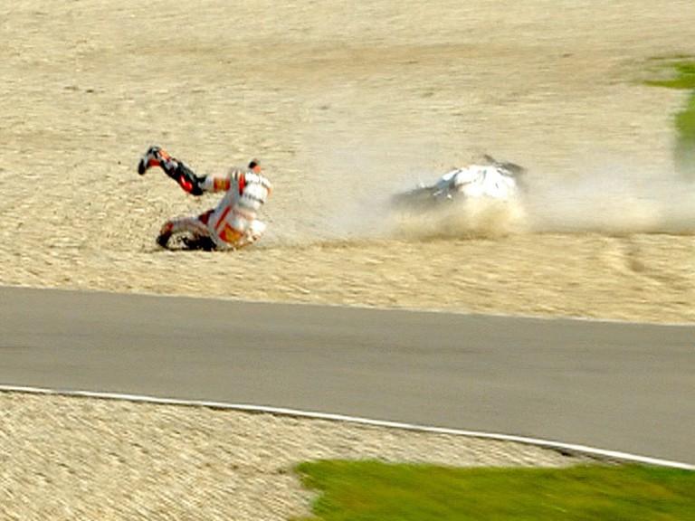 Melandri crashes during FP2 in Assen