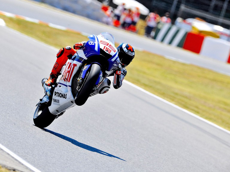 Jorge Lorenzo pulls off a wheelie at the Catalunya Circuit