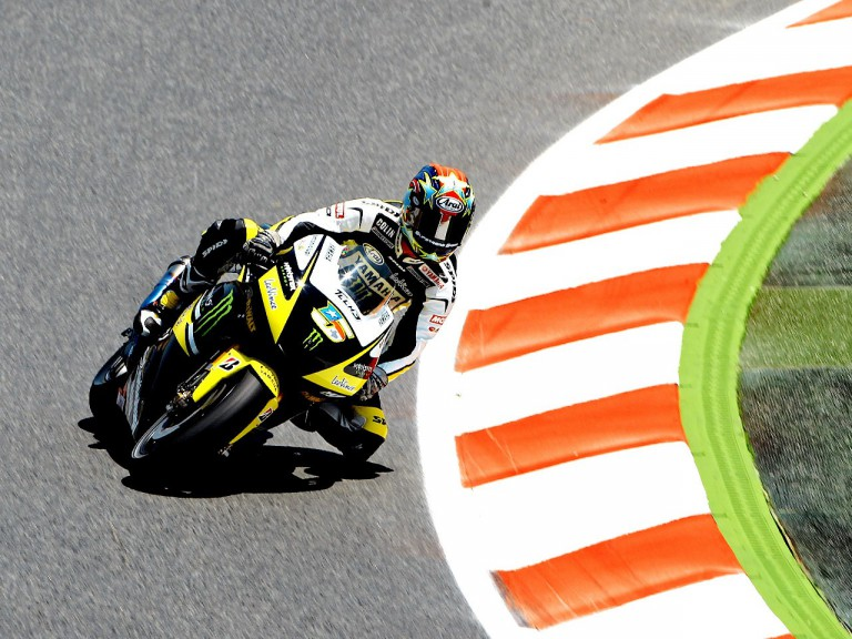 Colin Edwards in action at the Catalunya Circuit
