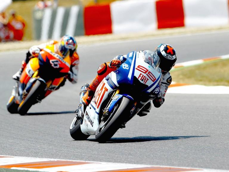 Lorenzo riding ahead of Dovizioso at the Catalunya Circuit