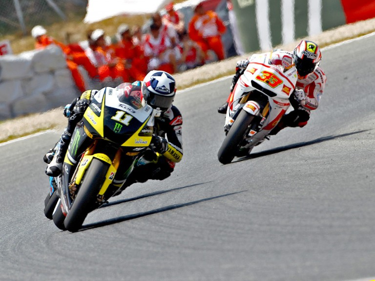 Ben Spies riding ahead of Meladnri at the Catalunya Circuit