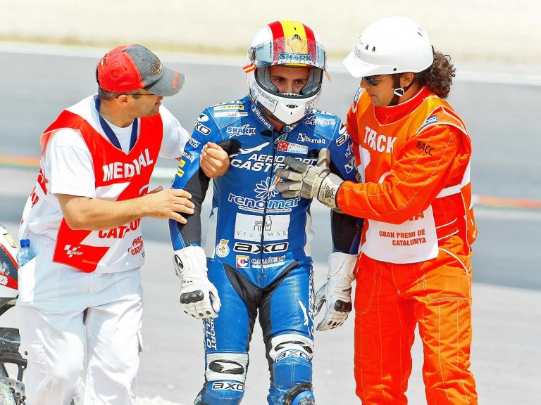 Alex Debon after Moto2 crash at the Catalunya Circuit