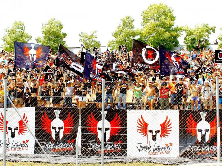 Lorenzo´s fans at the Gran Premi Aperol de Catalunya