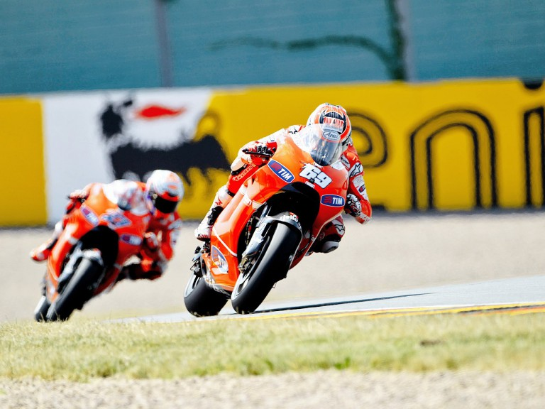 Hayden riding ahead of Stoner during the FP1 in Sachsenring