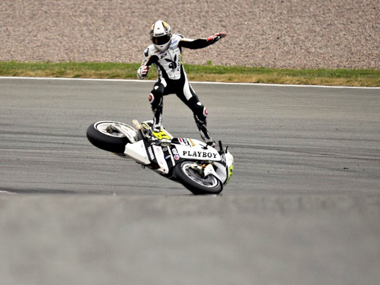 De Puniet crashes during the race in Sachsenring